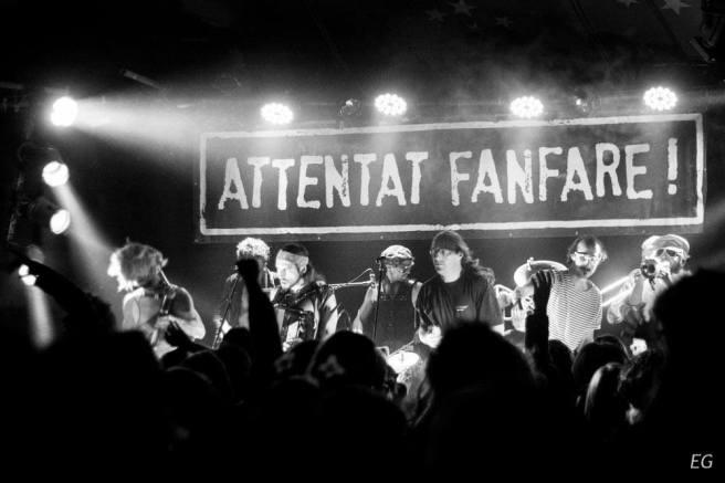 Attentat_Fanfare_4